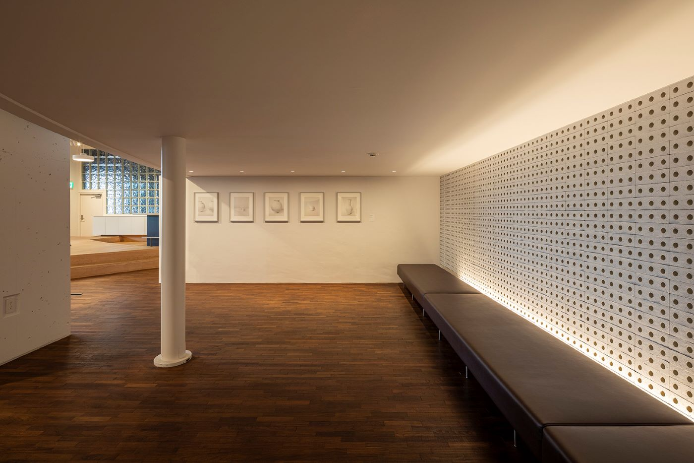アマナ 天王洲オフィス amana square 1階